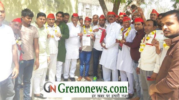 BJP WORKERS MEEET SAMAJWADI PARTY