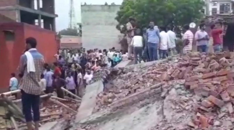 Under construction building collapses in Ghaziabad