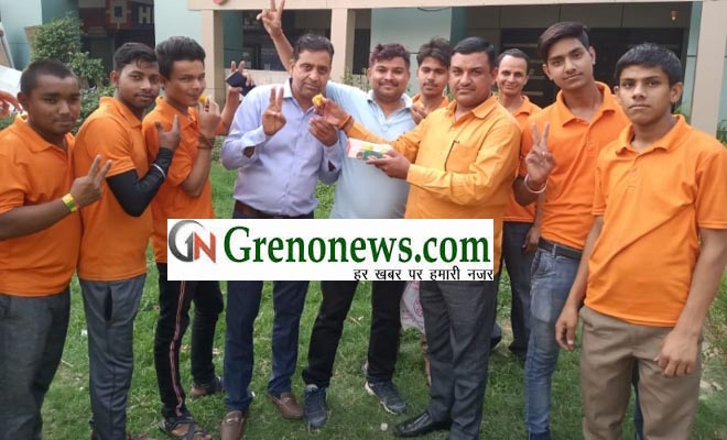 HINDU YUVA VAHINI CELEBRATED ON VICTORY OF BJP- GRENONEWS