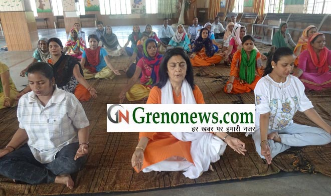 YOGA DAY CELEBRATED IN SAVITRIBAI PHULE BALIKA INTER COLLEGE GREATER NOIDA- GRENONEWS